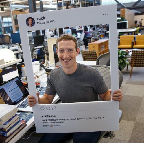 Mark Zuckerberg cũng phải dán camera và micro laptop của mình để tránh Hacker